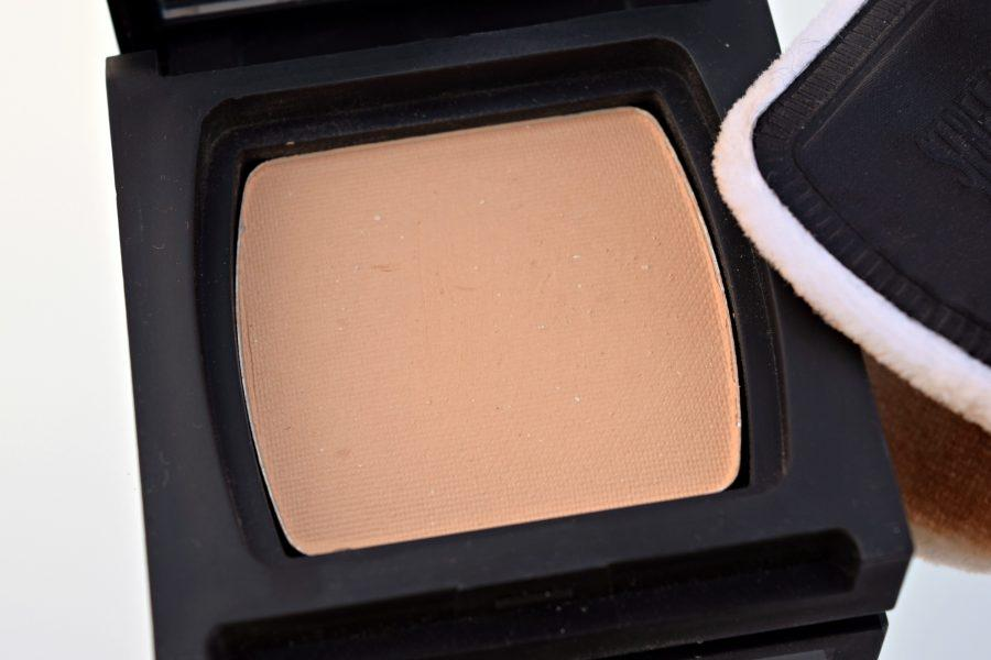 Streetwear Color Rich Perfection Compact
