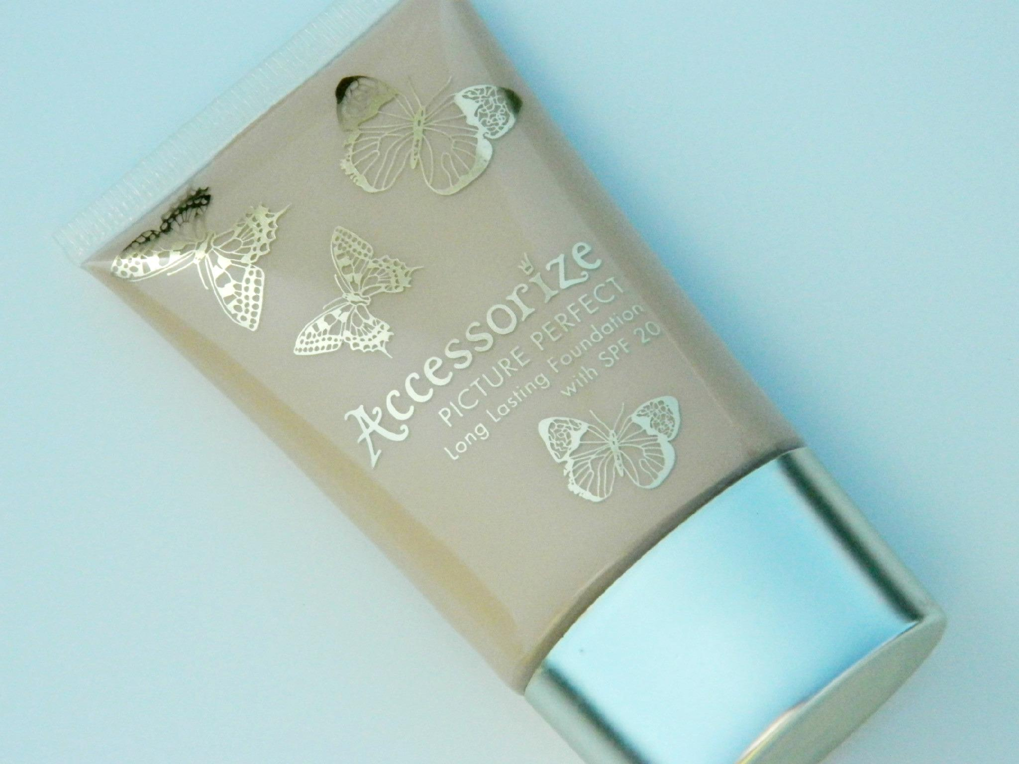 Accessorize Picture Perfect Long Lasting Foundation with SPF 20 Review