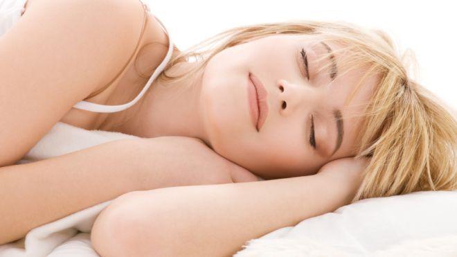 sleeping_teen_girl1