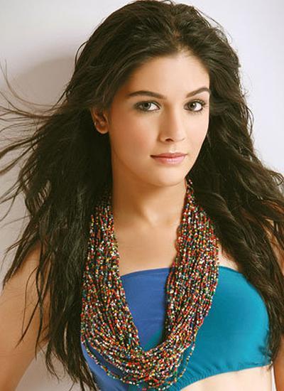 Pooja Gaur's Hair, Skin And Makeup Secrets